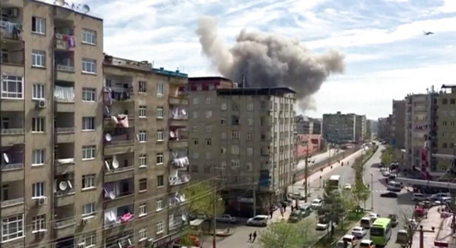 En eksplosion har rystet byen Diyarbakir i det sydøstlige Tyrkiet.