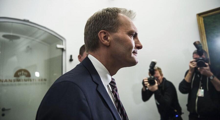Dansk Folkepartis gruppeformand, Peter Skaarup, ser det i høj grad som en konsekvens af den negative omtale, der har været, efter at partiet gik tilbage ved kommunalvalget 21. november.