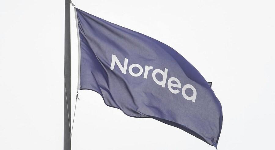 Nordea har opsagt chefen for bankens danske corporate finance-division Morten Revsbech.