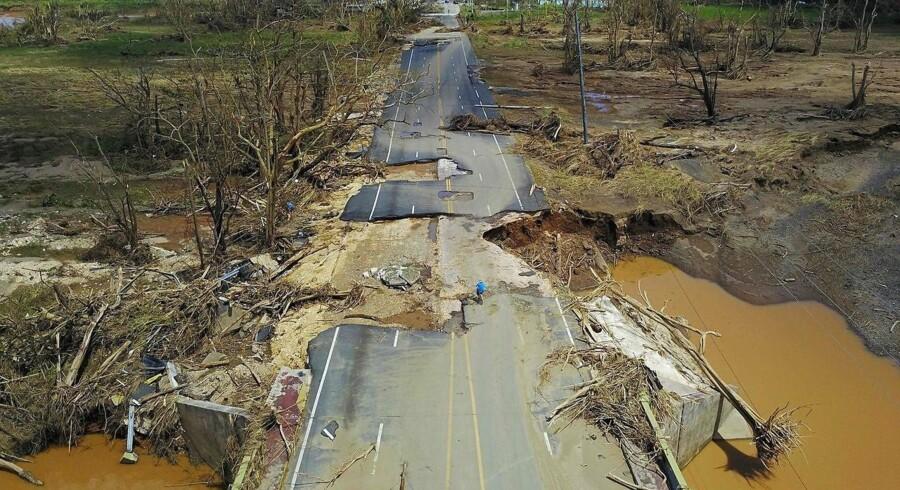 USAs finansministerium har mere end halveret et lån til Puerto Rico, som Kongressen i oktober godkendte.
