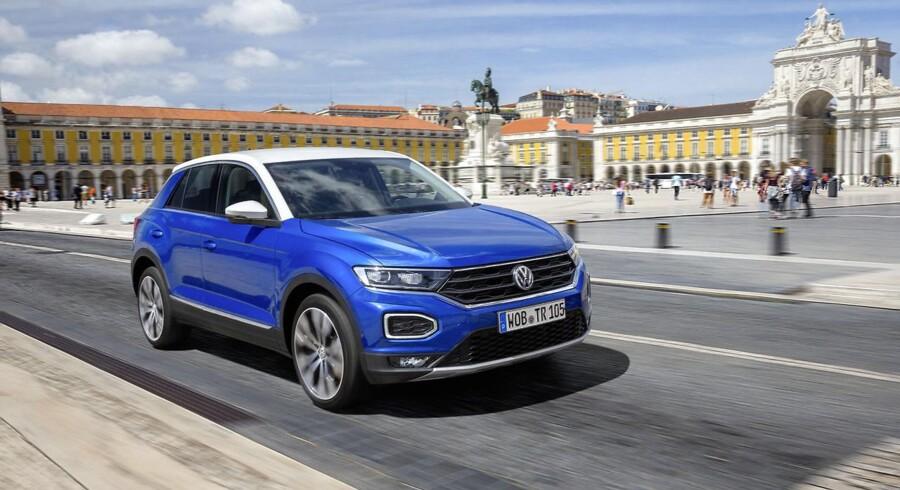 Volkswagen T-Roc er bilen som automobil nyhedsredaktør Morten Bek pegeer på, som den han mener bilåret 2017 vil blive husket for. Formatet er virkeligt populært og Volkswagen har med en skarp pris et produkt med hit-potentiale i den nye T-Roc. Foto: PR