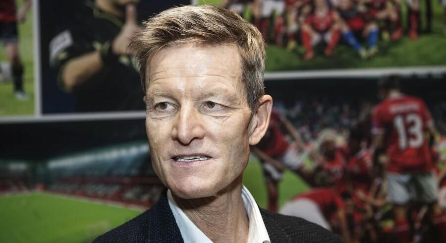 Lars Søndergaard har begrænset kendskab til kvindefodbold og vil lytte meget til spillerne i starten.