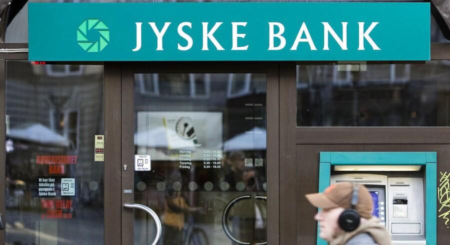 Jyske Bank kan tirsdag morgen fremlægge regnskabstallene for årets første seks måneder.