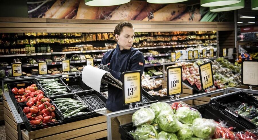Der har blandt andet været mangel på tomater og agurker i Danmark, og i England indførte nogle supermarkeder rationering på icebergsalat og broccoli.