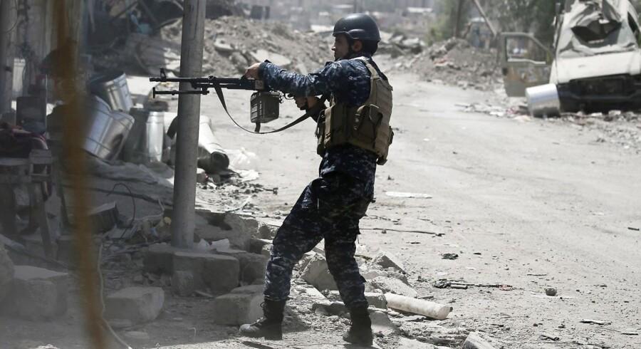 Arkivfoto.Lig af mænd, kvinder og børn er ifølge FN-højkommissær fundet i Mosuls gader. De er dræbt af IS. REUTERS/Alkis Konstantinidis