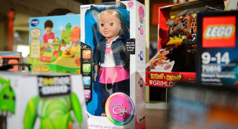 Den talende dukke My Friend Cayla er maskeret spionage-udstyr, mener man i Tyskland, der nu har kriminaliseret produktet.