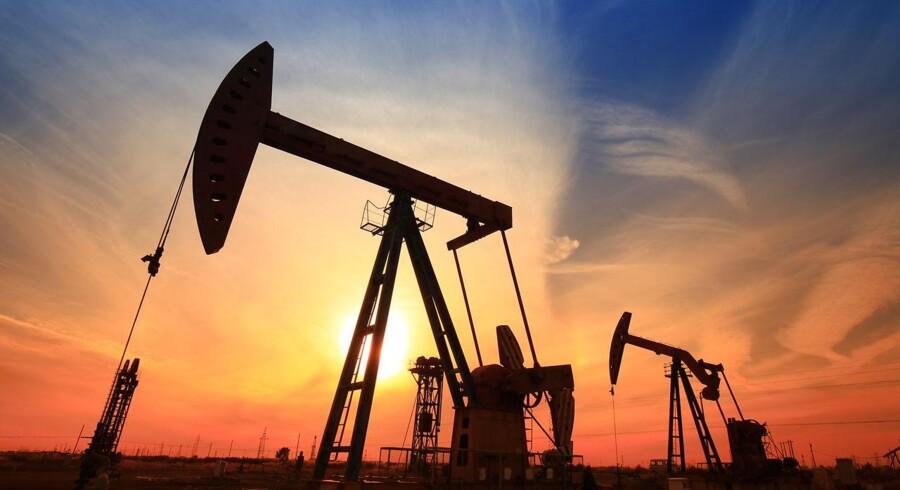Olieprisen ligger i det højeste niveau siden slutningen af 2015 torsdag morgen, efter at Saudi-Arabien har indikeret, at landet gerne ser olieprisen fortsætte op.