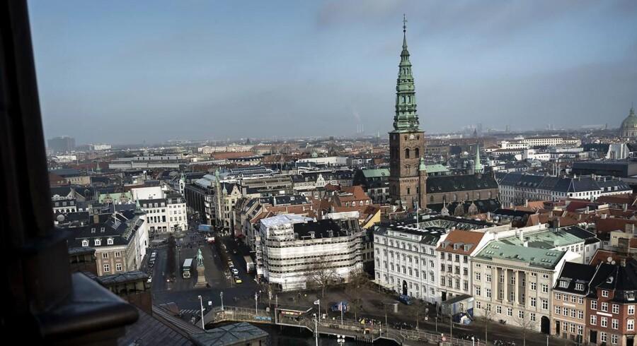 Den 21-årige syriske asylansøger D.K har indrømmet sine planer om et terrorangreb i København. Med sig i en rygsæk havde han 17.000 tændstikker, 17 batterier, seks walkie-talkies, fyrværkeri og to store køkkenknive, da han i november sidste år forsøgte at komme ind i landet.