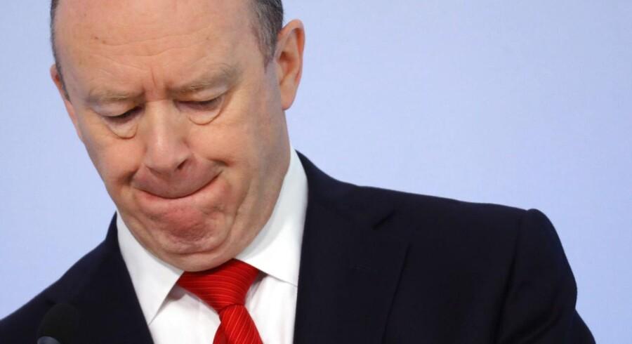 Deutsche Banks administrerende direktør, John Cryan, antyder, at den tyske bank kan skære flere job væk for at sænke omkostningerne.