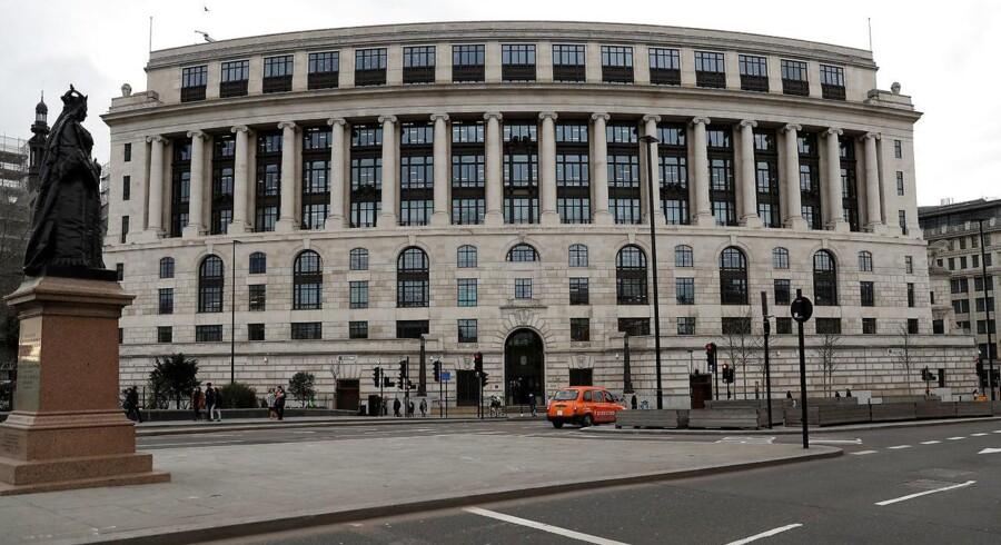 Unilever vil lade denne bygning stå i London for at rykke koncernens hovedkvarter til Rotterdam i Holland.