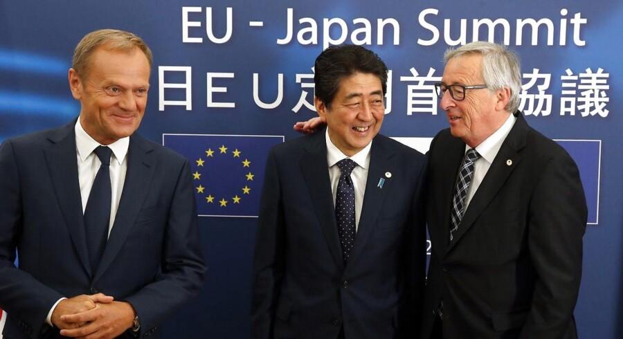 På et ekstraordinært topmøde er EU og Japan nået til politisk enighed om en strategisk og økonomisk aftale.