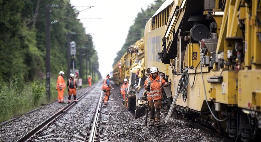 Stormen Ingolf forkortede løvfaldsperioden, og det har ført til færre forsinkelser på togskinnerne.