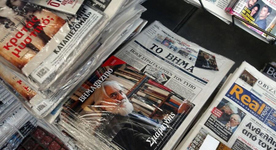 En undersøgelse foretaget af det græske parlament viser, at der er omfattende praksis med at politikerne smører medierne til at holde tonen positiv.