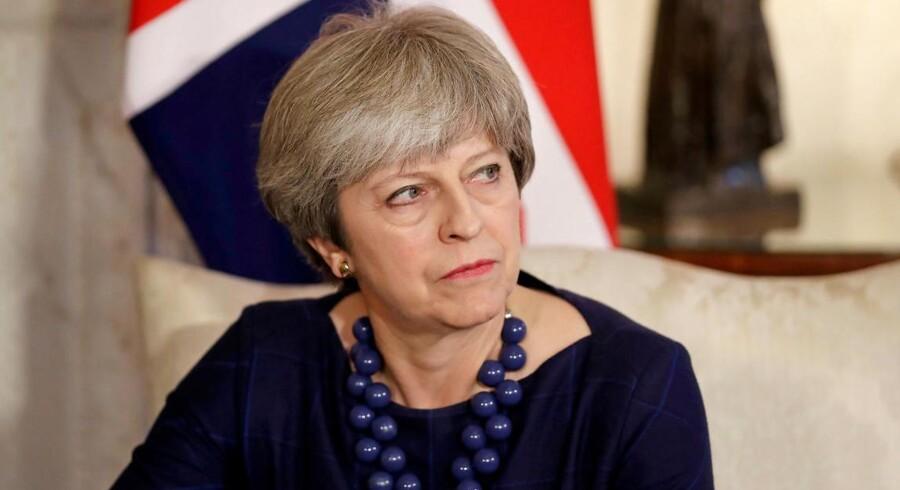 To mænd vil onsdag blive tiltalt for at have planlagt et bombeangreb mod Downing Street, skriver Sky News.