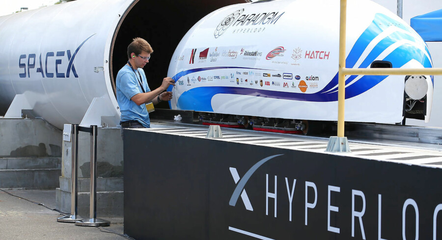 Paradigm Hyperloop team from Memorial University in Newfoundland, Canada prepare to run their hyperpod at SpaceX's Hyperloop Pod Competition II in Hawthorne, California, U.S., August 27, 2017. REUTERS/Mike Blake