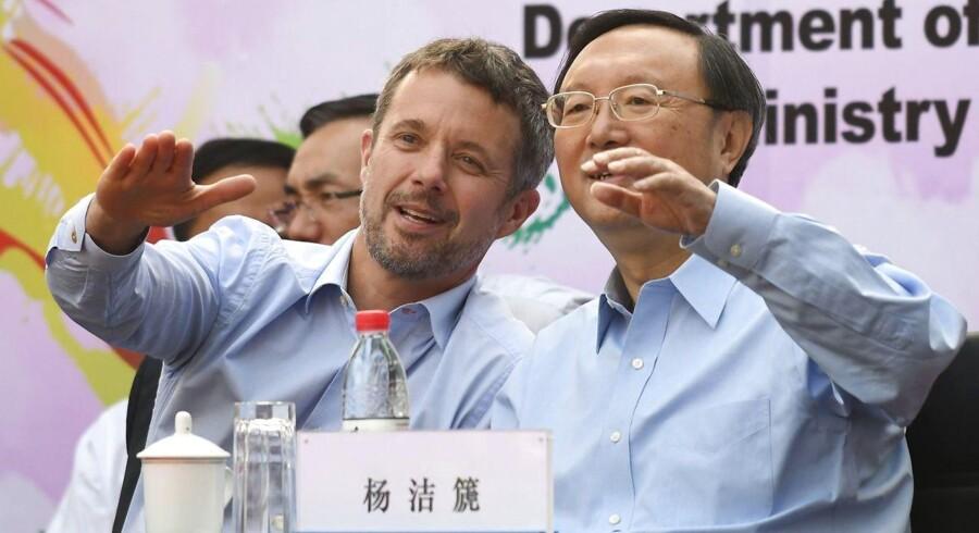 Kronprinsen og uddannelsesministeren har netop været i Kina for at sætte fokus på Danmark og Kinas tætte relationer.