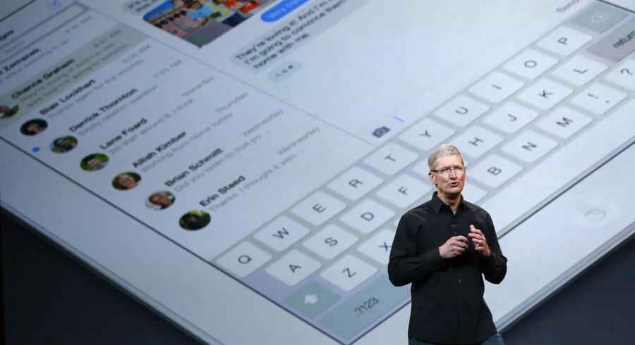 Apples topchef, Tim Cook, fremviste for en uge siden den femte iPad, iPad Air, som sammen med opdateringen af iPad Mini vil sikre Apple en god julehandel. Arkivfoto: Robert Galbraith, Reuters/Scanpix