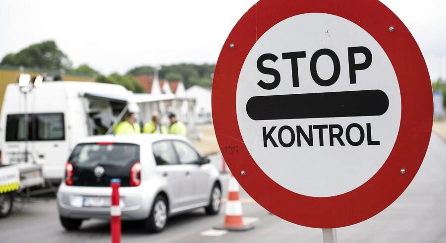 Arkivfoto: Regeringen forlænger den midlertidige grænsekontrol indtil 12. november 2017. EU-Kommissionen bad sidste uge Danmark indstille grænsekontrollen om seks måneder.