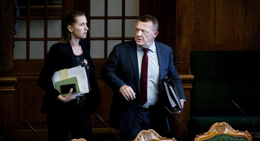 En stor del af danskerne ser Socialdemokratiet med Mette Frederiksen i spidsen og Venstre og Lars Løkke Rasmussen som en lige stor garant for, at der føres en stram udlændingepolitik.