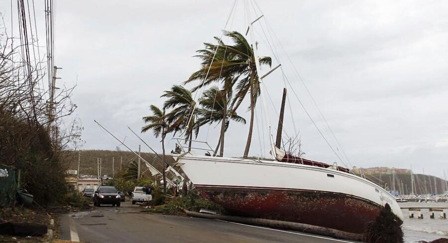 En række caribiske øer, heriblandt Guadeloupe, Dominica, De Amerikanske Jomfruøer og Puerto Rico, er allerede hårdt ramt af Maria.