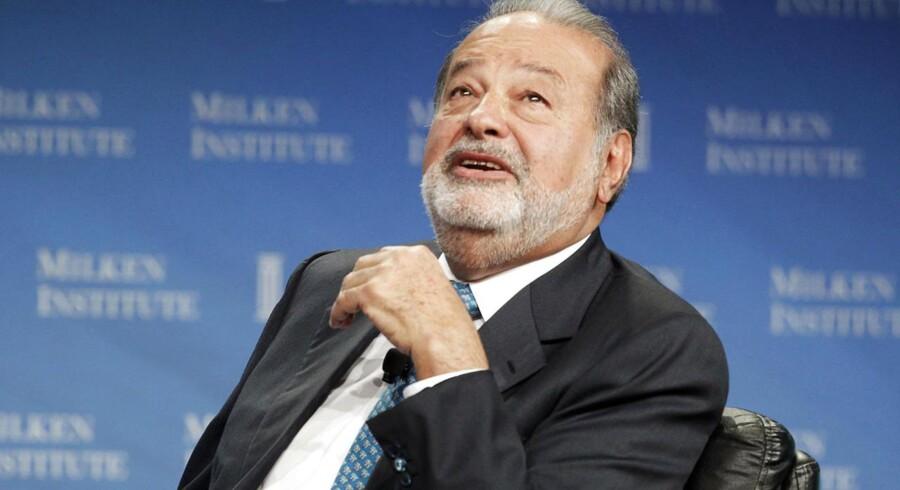 Mexicanske Carlos Slim ejer gennem sin telekoncern América Móvil allerede 30 procent af KPN og har nu lagt bud på de sidste 70 procent. Det vil være første gang, at Slim får kontrol med et europæisk teleselskab.
