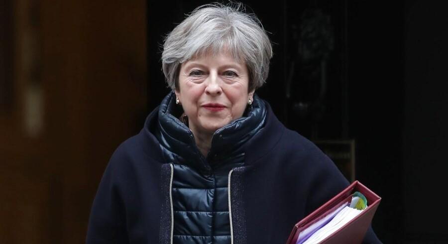 Den britiske premierminister er forarget over afsløringer om sexchikane i Presidents Club i London.