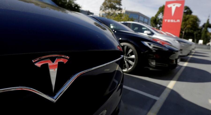 Teslas aktier er faldet med næsten 5 pct. REUTERS/Jason Reed/File Photo