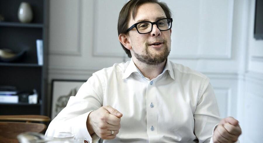 Arkivfoto: Økonomi- og indenrigsminister Simon Emil Ammitzbøll (LA) er glad for, at kommunerne har effektiviseret i den daglige drift.