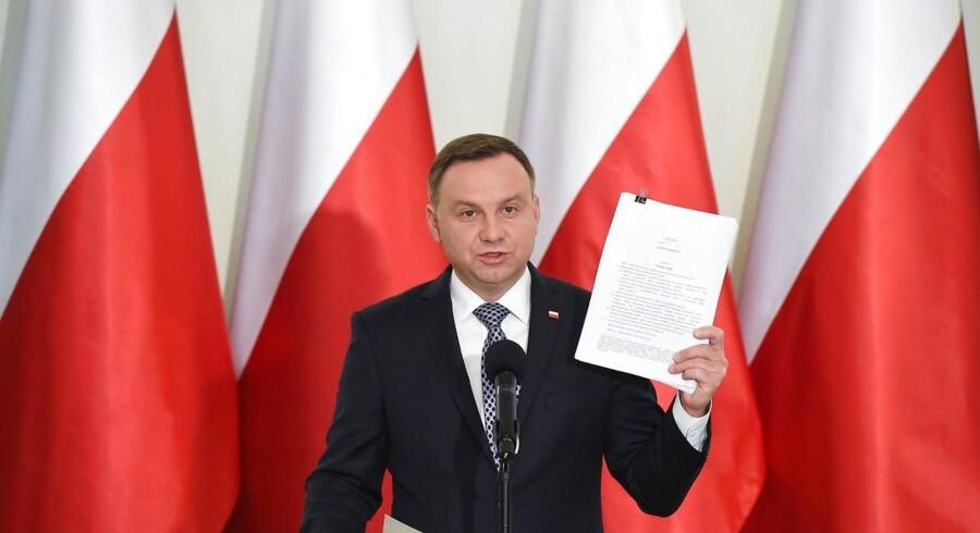 Pensionsalderen for polske topdommere skal være 65 år, mener præsidenten, som vil afgøre, om de kan fortsætte.