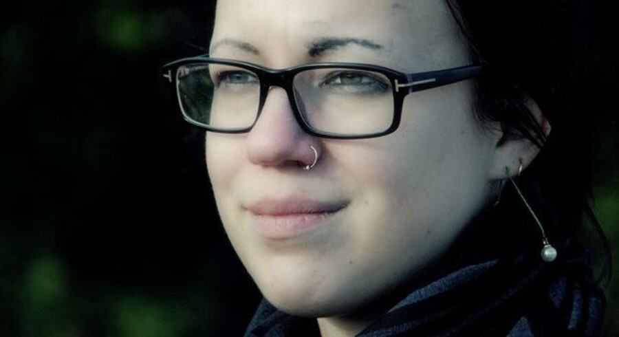 Torsdag aften står Zandra Berthelsen frem for at fortælle om sin barndom, der var præget af vold, trusler og grove seksuelle overgreb. Foto: TV2