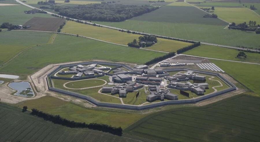 Storstrøm Fængsel er netop åbnet i Nørre Alslev på Falster i Guldborgsund Kommune. Derfor ville det være oplagt at flytte Kriminalforsorgen til området, lyder opfordringen fra Region Sjælland og dens 17 kommuner.