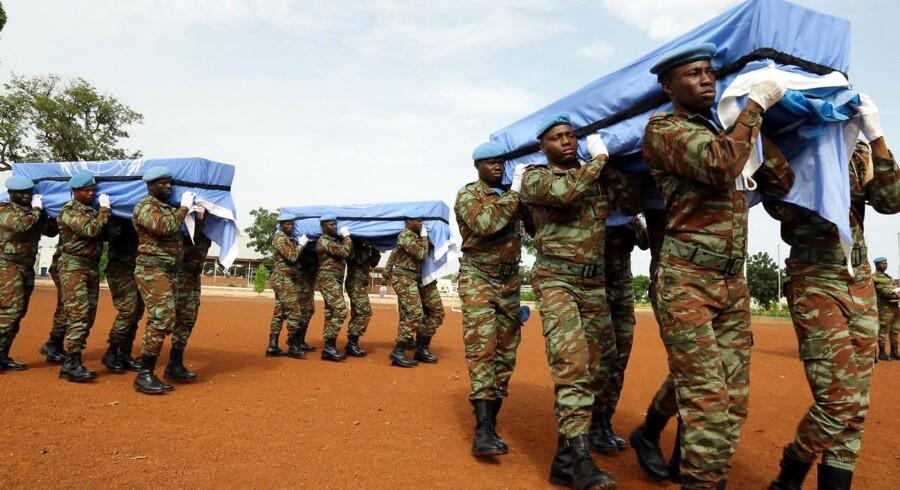 ARKIVFOTO: Ved en eksplosion i september i det nordlige Mali blev tre FN-soldater dræbt og fem andre blev såret. De dræbte FN-soldater var fra Bangladesh.