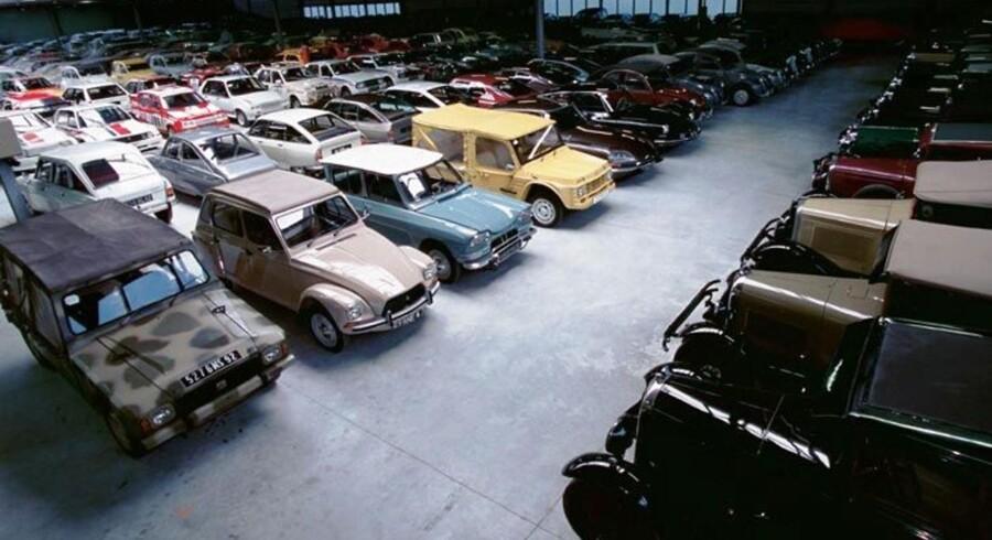 Citroëns historiske samling med 400 biler skal flyttes, og i den anledning sælges 65 af bilerne fra. Alle kan byde til auktionen den 10. december