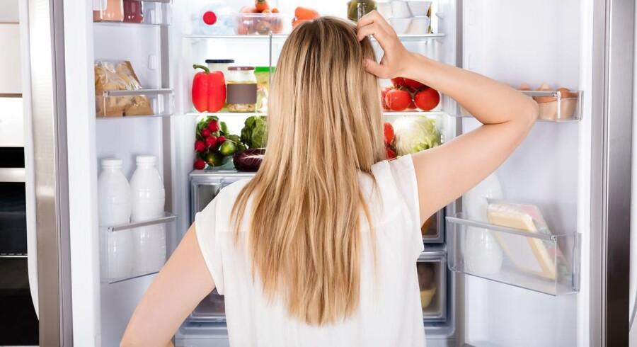 Modelfoto: Har du lyst til at tømme køleskabet kort tid efter et måltid? Så husk at spise godt med groft og grønt, som giver en langvarig og stabil mæthedsfornemmelse.