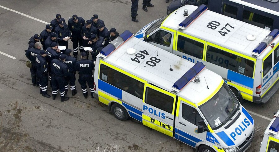 Arkivfoto: Det totale antal personer som har været udsat for kriminalitet i Sverige er faldet mellem 2005 og 2015. Tyveri og indbrud, mishandling og dødelig vold mod kvinder og børn er faldet, hvorimod antallet af sager med dødelig vold med skydevåben, chikane og seksualforbrydelser er steget. Det viser rapporten Brottsutvecklingen i Sverige fra Brottsförebyggande rådet (BRÅ).