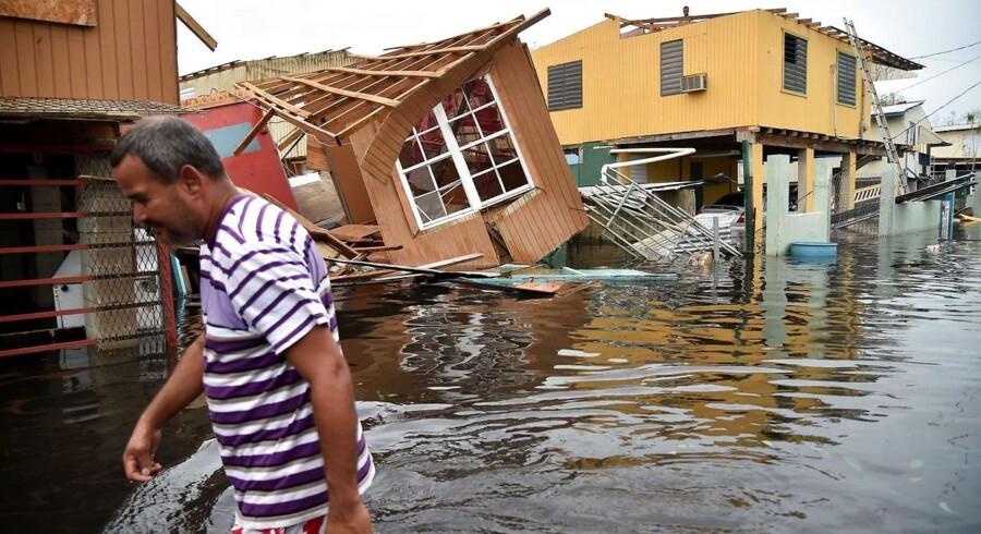 Arkivfoto: Ødelæggelserne efter orkanen Maria vurderes at have forårsaget skader for 90 milliarder dollar. Det gør Maria til den tredjedyreste orkan, der har ramt USA siden 1900. / AFP PHOTO / HECTOR RETAMAL
