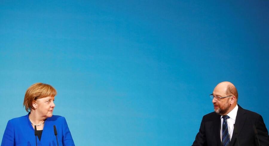 Fredag morgen kom gennembruddet i de komplicerede forhandlinger om en ny tysk regering mellem socialdemokrater og konservative. Ikke mindst de tyske socialdemokrater har måttet sluge kameler, der vil blive modtaget med vrede af mange partimedlemmer.