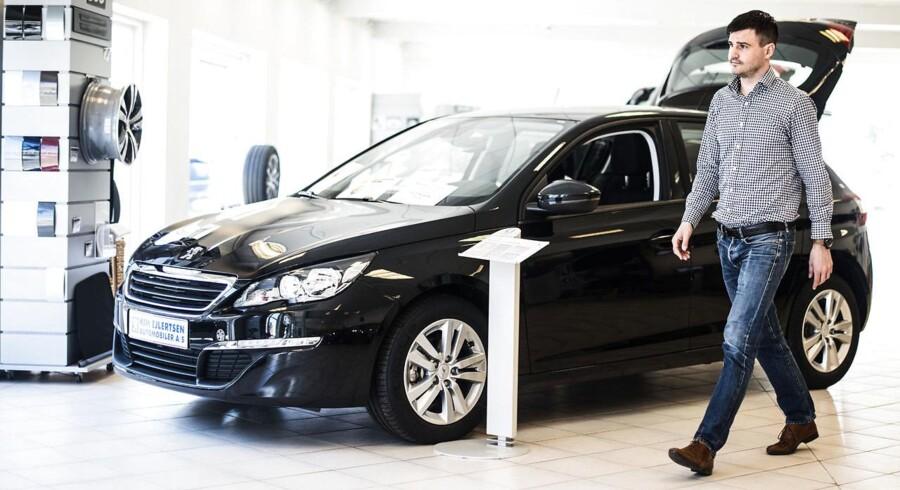 Der sælges flere biler i B-klassen i 2015. Det mærker de og ved Peugeot i det nordvestlige København.