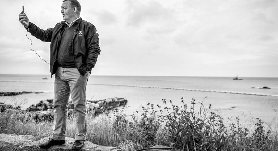 Statsminister Lars Løkke Rasmussen (V) er ikke blandt dem, der har skrevet kontrakt med Facebook, men han brugte selv Facebook Live til en opdatering, inden han i sidste uge holdt åbningstalen til Folkemødet i Allinge på Bornholm. Arkivfoto: Søren Bidstrup