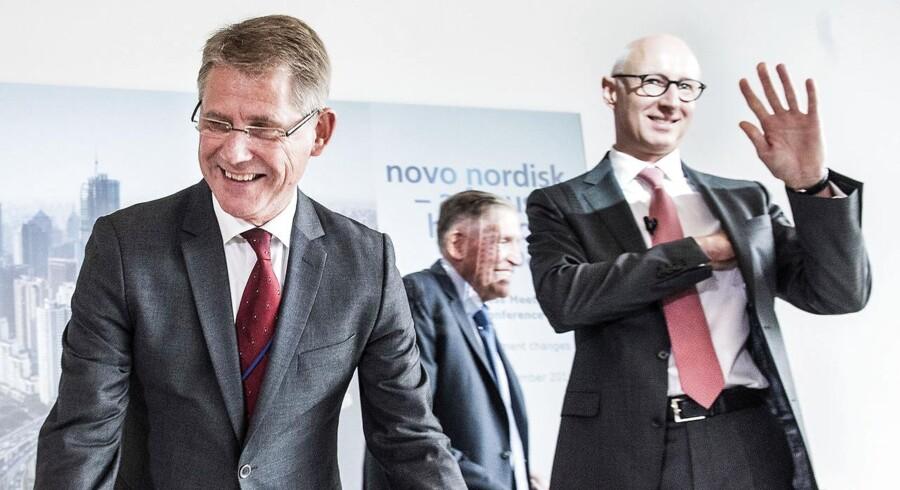 Her ses Novos nye administrerende direktør, Lars Fruergaard Jørgensen, sammen med den netop afgåede topchef, Lars Rebien Sørensen