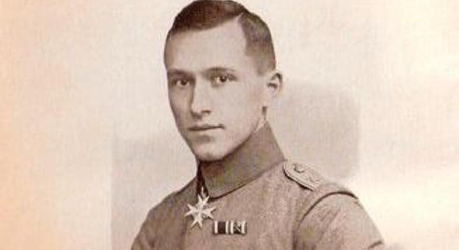 Soldaterbillede af den tyske forfatter Ernst JÔøΩnger.