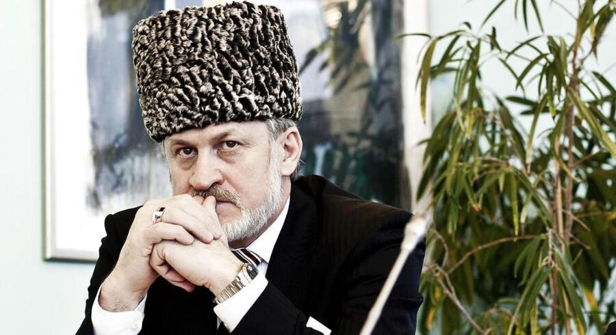 Lederen af den tjetjenske eksilregering, Akhmed Sakajev, gæster Danmark i forbindelse med en international konference om Tjetjenien.