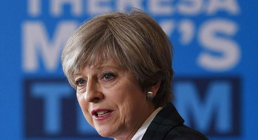 En gruppe medlemmer af premierminister Theresa Mays konservative parti slipper for tiltale for misbrug af midler under den britiske valgkamp i 2015.