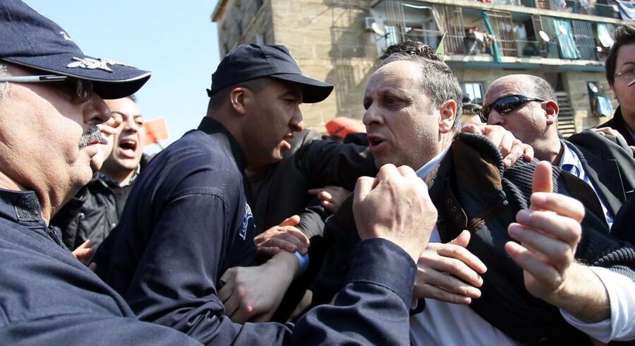 Soufiane Djilali, leder af oppositionspartiet Ny Generation, deltog tidligere på året i en protest mod Algeriets nuværende præsident Abdulaziz Bouteflikapaselect
