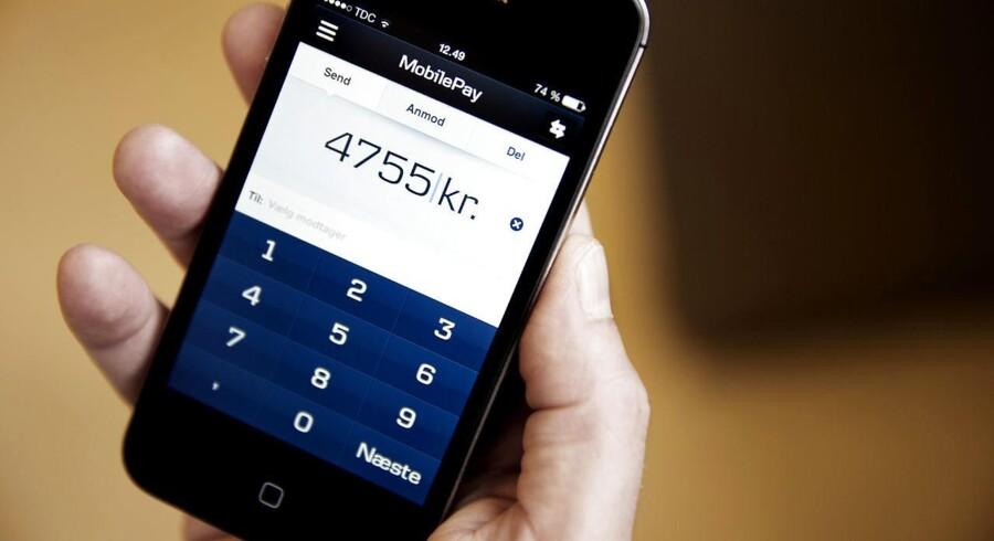 Danske Bank lancerede Mobilepay i 2013. Op mod 3,2 millioner mennesker bruger løsningen, når de overfører penge til hinanden eller betaler for varer i butikker. Arkivfoto.