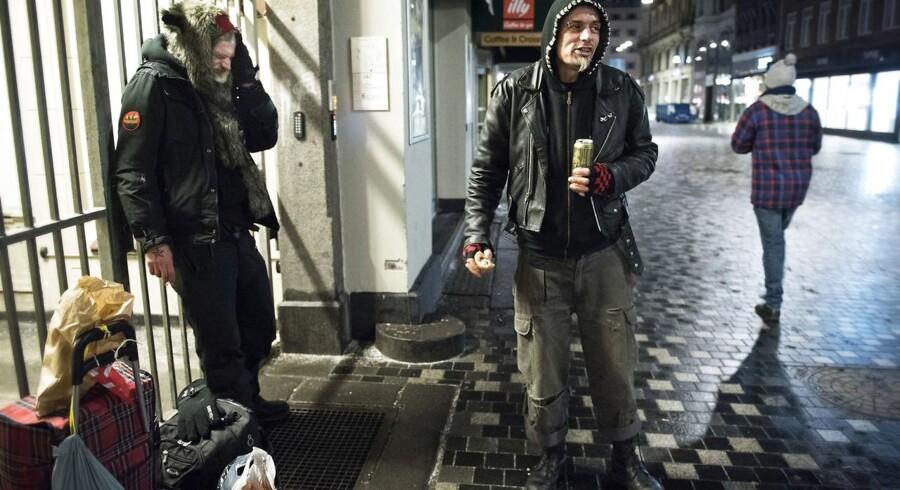 (ARKIV) Hjemløse ved Købmagergade i København, den 19. januar 2016. (Foto: Jens Nørgaard Larsen/Scanpix 2017)