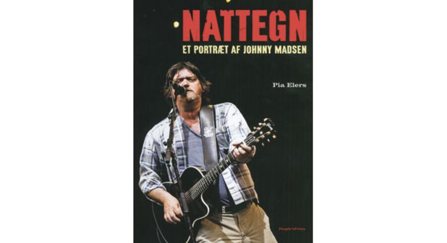 Bogen om Johnny Madsen går den nemme vej rundt om musikeren og kunstmaleren. Ud over at være i fokus med bogen er Johnny Madsen også aktuel med et nyt album.