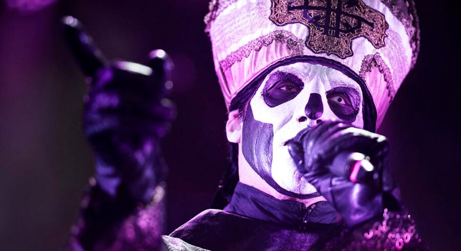 Svenske Ghost med forsanger Papa Emeritus II og hans fem Ghouls fotograferet på Copenhell 2015 lørdag den 20. juni 2015.