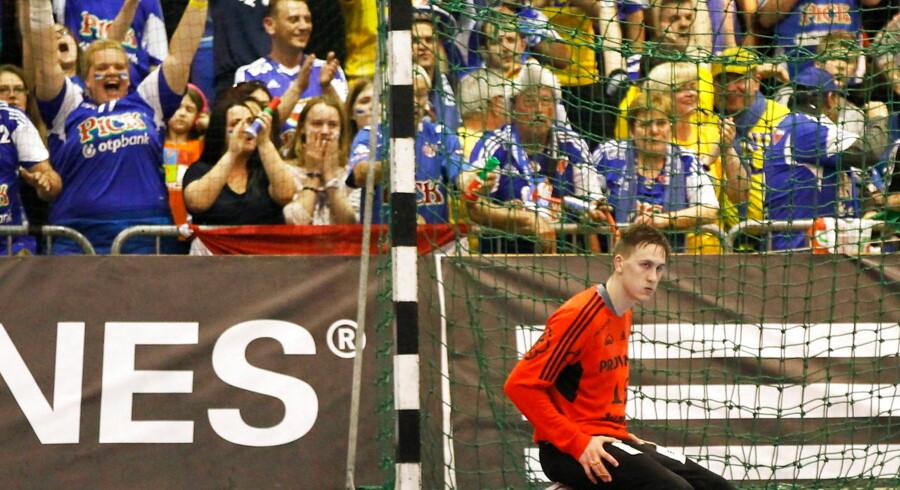 Kim Sonne ses her i aktion for THW Kiel. I den kommende sæson skal den danske målmand redde skudforsøg for GWD Minden.