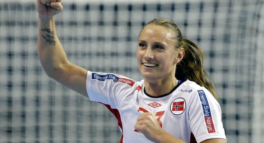 Den norske landsholdsspiller Camilla Herrem kan i næste sæson opleves i Dame Håndbold Ligaen.